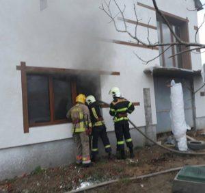Виноградівські вогнеборці ліквідували загорання у новобудові (фото)