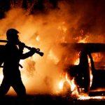 Поліція розслідує загорання автомобіля в Ужгороді