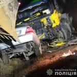 Моторошна ДТП на Закарпатті: легковий «Mercedes C320» врізався у вантажівку «Mercedes-Benz Actros»