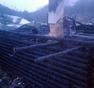 Протягом доби на Закарпатті горіли три надвірні споруди (фото)