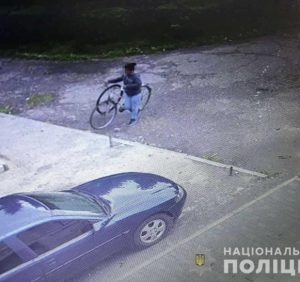 Поліцейські Мукачева оперативно розкрили два майнові злочини