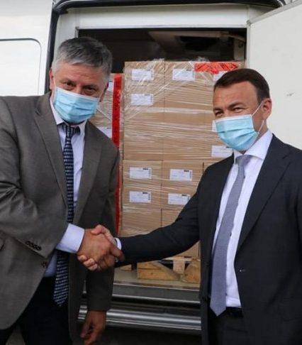 Угорська сторона передала вакцину на Закарпаття