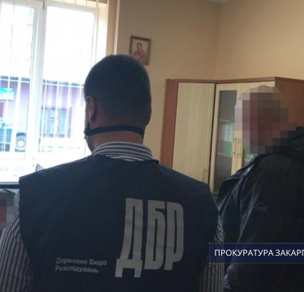 Прокуратура затвердила підозри трьом службовим особам Хустського лісництва, які допустили порубки на понад 8 млн 550 тис грн