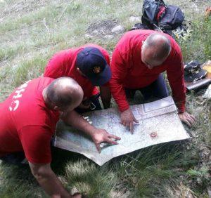 Іршавські гірські рятувальники обстежували маршрут і тренувалися допомагати туристам при отриманні травм (фото)