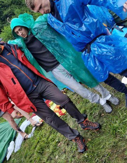 Упродовж доби закарпатські рятувальники двічі допомагали туристам в Карпатах