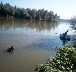 На Виноградівщині водолази шукають хлопчика, який потонув під час купання в Тисі
