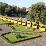 На Закарпатті вручили ключі від 16 шкільних автобусів (фото)